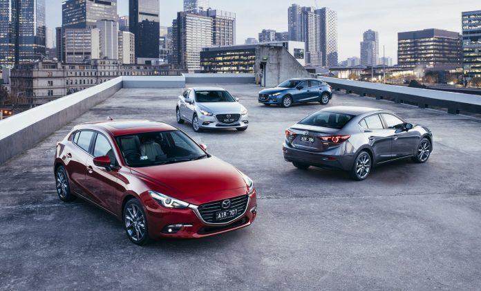 новая Mazda 3